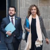 Ester Capella, consejera de Justicia, junto al vicepresidente de la Generalitat y conseller de Economía y Hacienda, Pere Aragonès (c), y el conseller Acción Exterior, Relaciones Institucionales y Transparencia, Alfred Bosch (i),