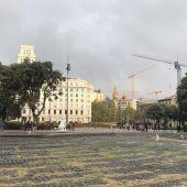 Plaza Cataluña vacía