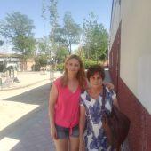Ana Belén, en compañía con su madre biológica