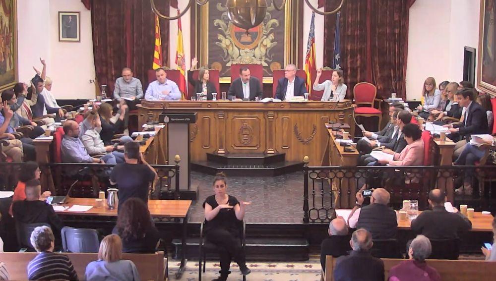 Pleno municipal extraordinario de octubre en el Ayuntamiento de Elche.