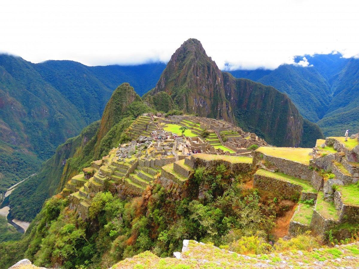 El Colegio Invisible 1x10 - Los misterios de Machu Picchu