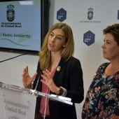 Mariana Boadella y María Fresneda durante la rueda de prensa