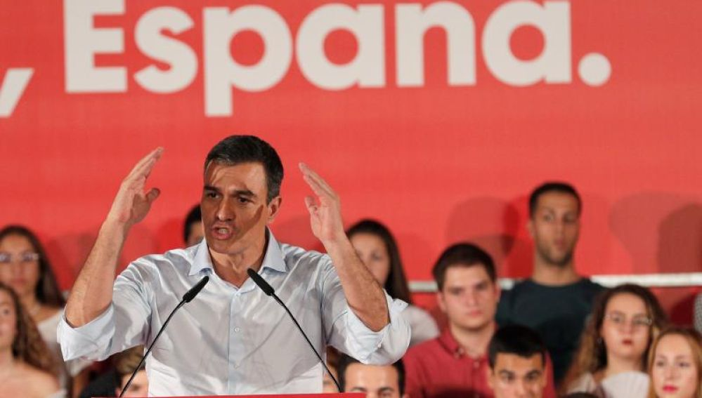 Pedro Sánchez en un acto electoral
