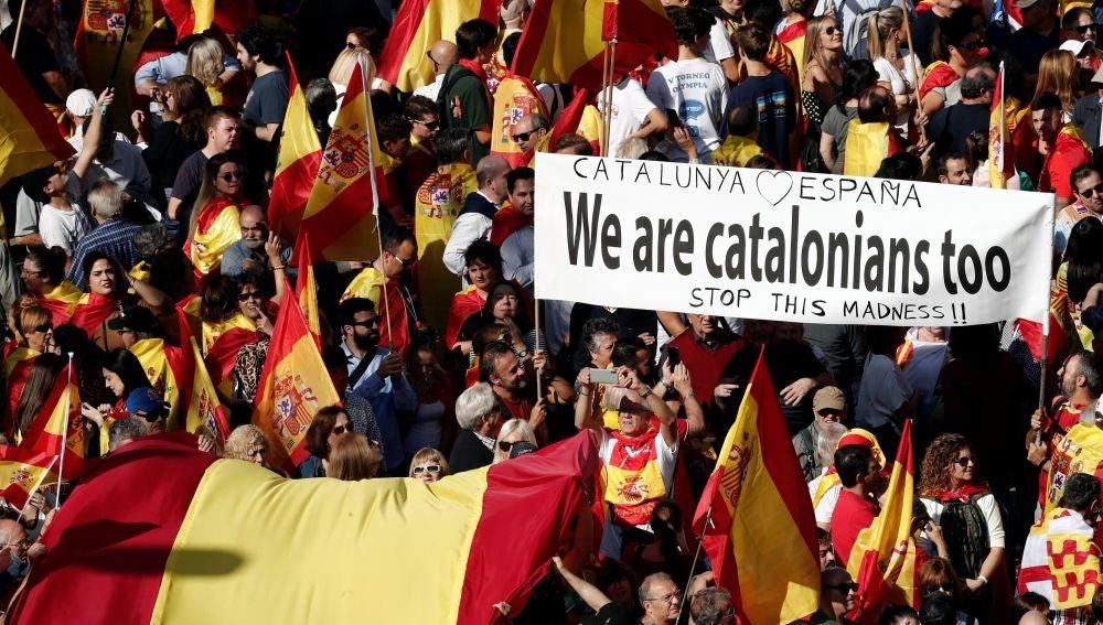 Manifestación constitucionalista en Barcelona por la unidad de España y la convivencia