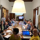 Diferentes sectores de turismo reunidos en la Comisión del Impuesto de turismo sostenible