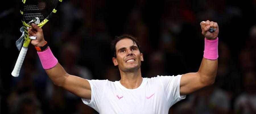 Rafa Nadal celebra su victoria en el Másters 1000 de París