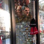 Caretas de Hitler en una tienda de Praga