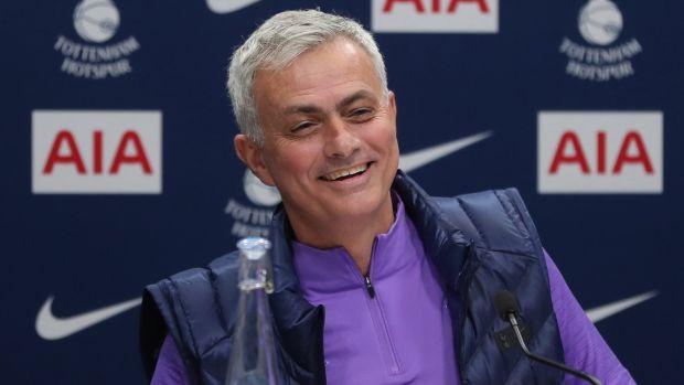 Mourinho manda un guiño al Real Madrid en su presentación como nuevo entrenador del Tottenham