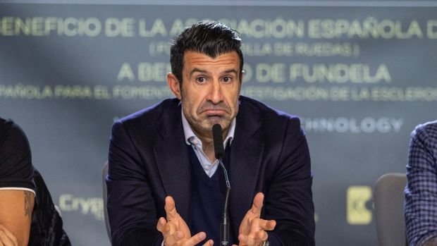 Luis Figo durante la presentación del partido benéfico