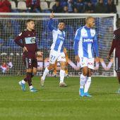 El delantero del Leganés Óscar Rodríguez (c) celebra tras marcar un gol ante el Celta de Vigo