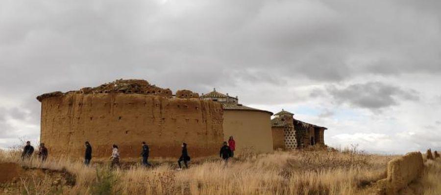 La arquituctura en tierra como elemento para luchar contra la despoblación y proteger el medio ambiente
