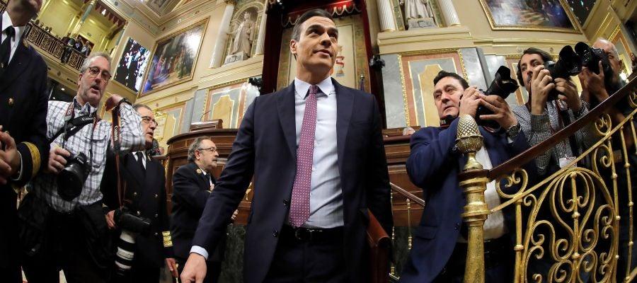 Pedro Sánchez ante la prensa gráfica en el Congreso de los Diputados