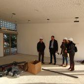El alcalde de Elche visita el CEIP Els Garrofers