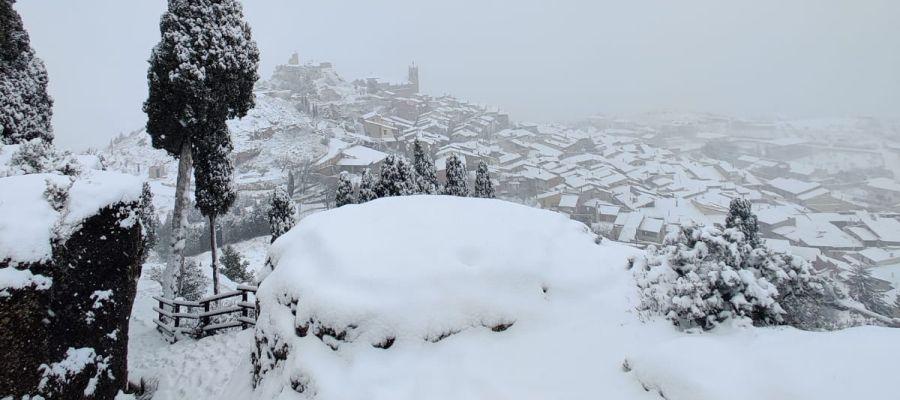 La nieve ha llegado a La Fresneda