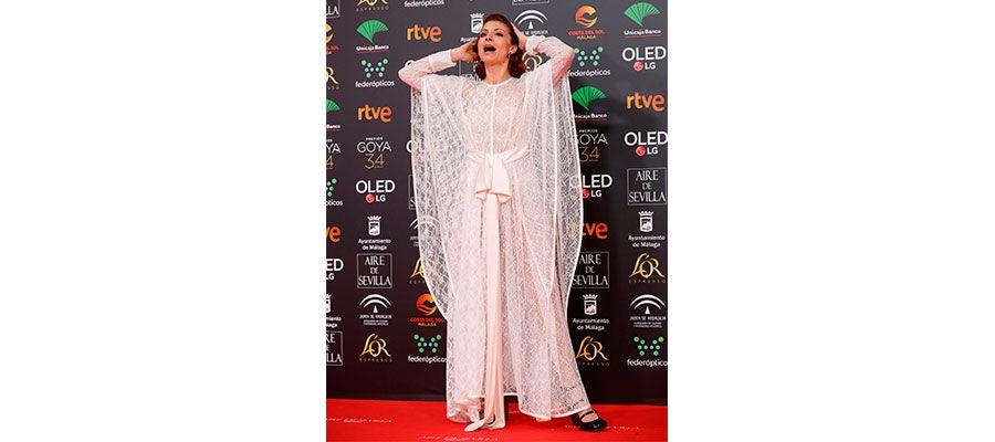 La actriz Nawja Nimri en la alfrombra roja de los Goya 2020
