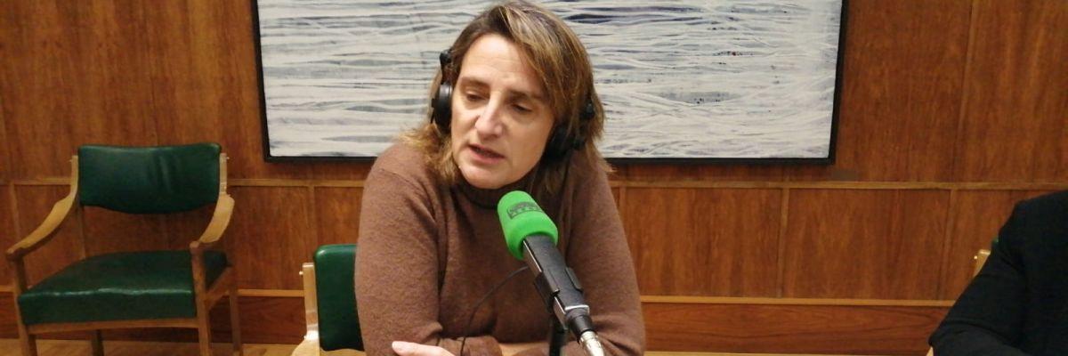 """El malestar de Teresa Ribera al ser preguntada por la reunión de Ábalos y Delcy Rodríguez: """"Le pregunta usted a los interesados y es más sencillo"""""""