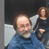 Luis Miguel Domínguez junto a su mujer Gloria