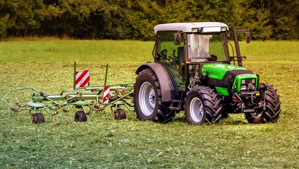Tractor en el campo