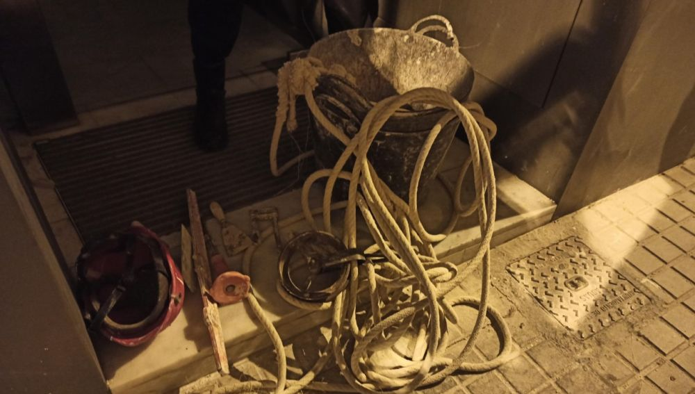 Parte de las herramientas robadas en la obra de Elche.