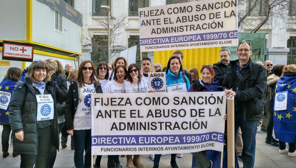 Manifestación en Madrid contra la temporalidad en la contratación de las administraciones públicas.