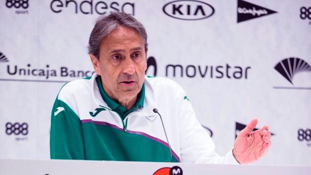 """Luis Casimiro, entrenador de Unicaja: """"Es una pena que no se puede acabar la Eurocup"""""""