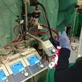 Vídeo | Así han realizado el primer trasplante de corazón en asístola