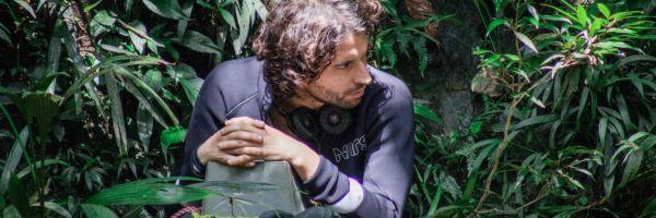 """Entrevista con Alejandro Landes, director de 'Monos': """"No había visto ninguna película así sobre el conflicto colombiano"""""""