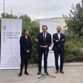 La presidenta del Govern, Francina Armengol, y el conseller de vivienda, Marc Pons.