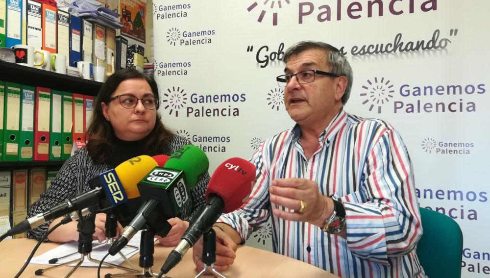 El Carmen y Ganemos piden que se amplíe el plazo de subvenciones para el cambio de tuberías en casas de Abella