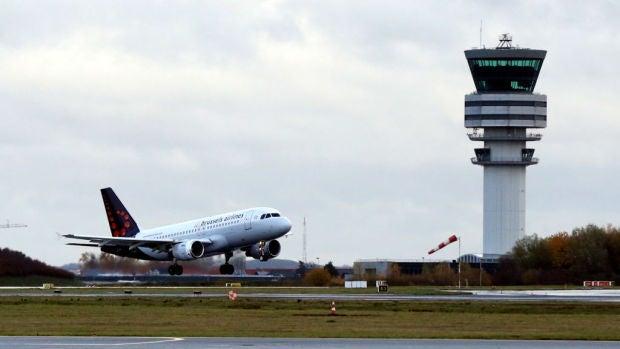 Los ecologistas piden más impuestos para los ciudadanos que usen el avión como transporte