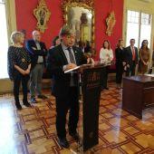 Vicenç Thomàs, presidente del Parlament, durante la firma del Pacto por la Inclusión Social 2020.