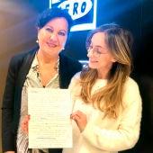 Isabel Lobo y Carmen Linares