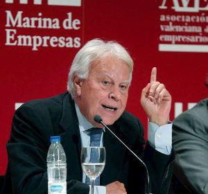 Felipe González se pregunta qué hace Pablo Iglesias en la comisión que controla el CNI