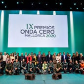 Foto de familia de los galardonados en los Premios Onda Cero Mallorca 2020