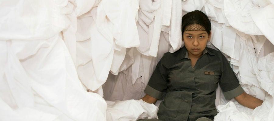 La actriz Gabriela Cartol, en una imagen promocional de la película mexicana 'La camarista'