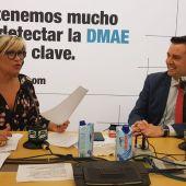 Julia Otero con Daniel de la Rosa, alcalde de Burgos