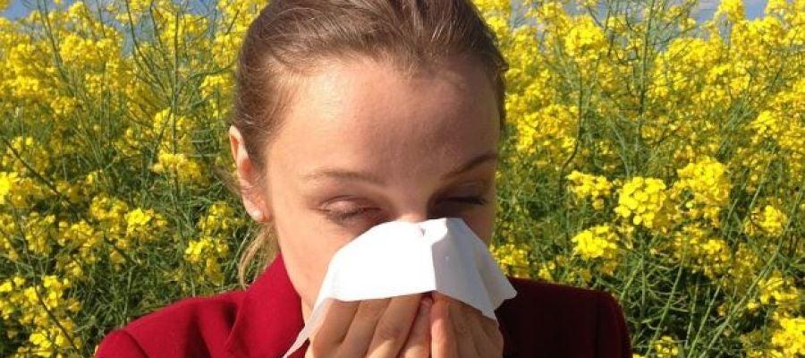 Las vacunas, el único tratamiento para la alergia al polen de los niños
