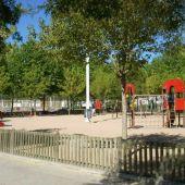 El Ayuntamiento precintará los juegos infantiles