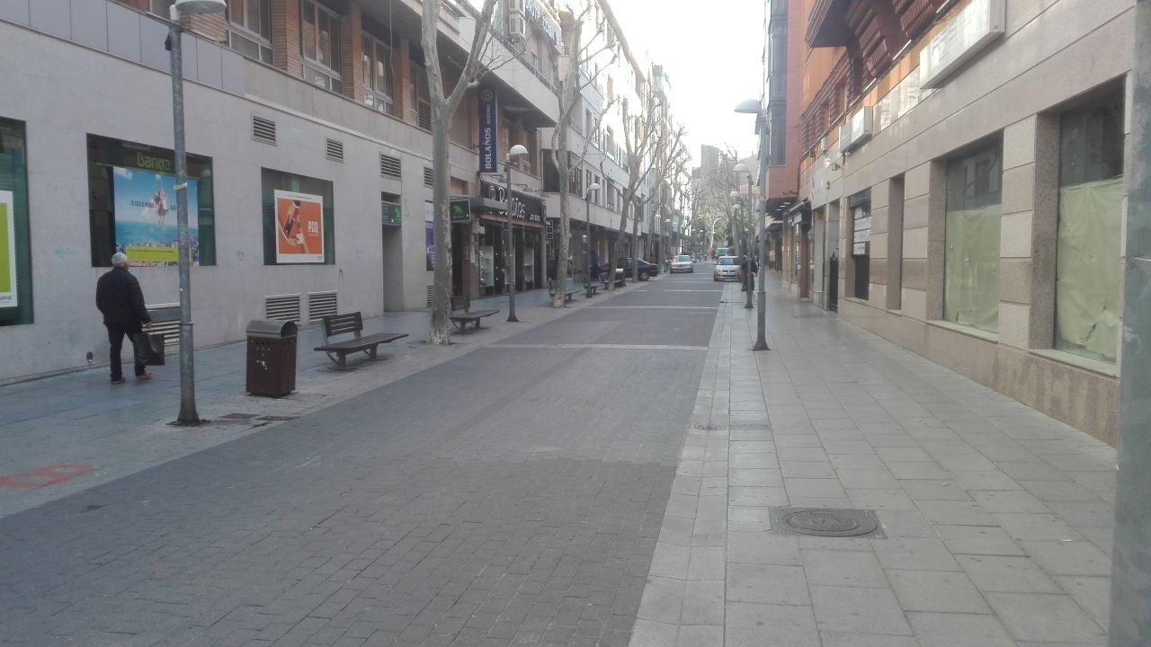 Ciudad Real amanece con poca gente en la calle, muchas tiendas ...