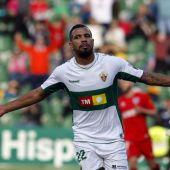 Jonathas de Jesus celebra su primer gol de la temporada con el Elche, frente al Numancia.