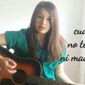 La doctora María Ocaña versiona 'Resistiré'