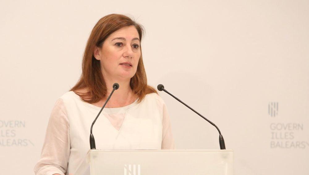 La Presidenta del Govern, Francina Armengol, en la rueda de prensa tras la reunión telemática con Pedro Sánchez y el resto de presidentes autonómicos.
