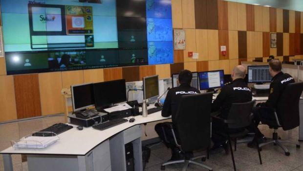 ¿Cómo funciona la sala del 091 de Madrid en pleno estado de alarma?