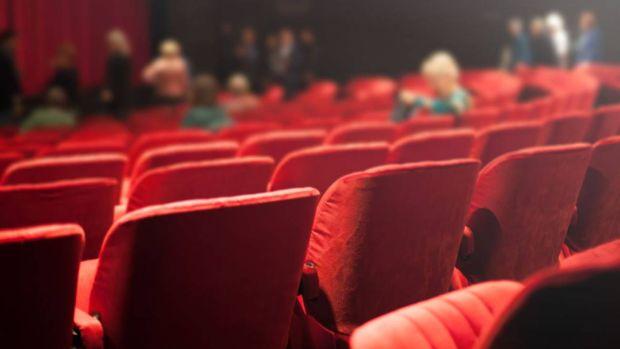 Radio Cuarentena (08/04/20). Cómo salvar los cines de pueblo de un cierre irremediable tras la crisis