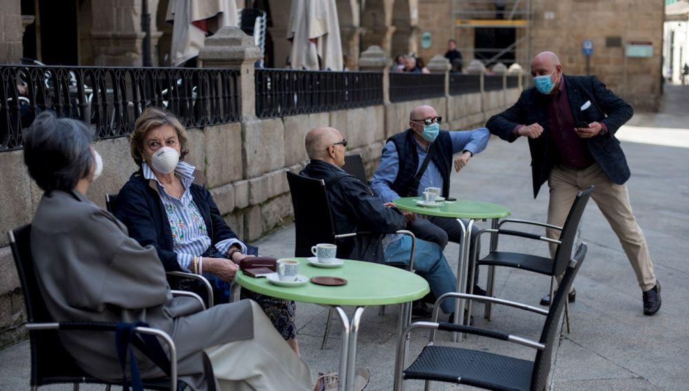 Última hora del coronavirus en España: quién cambia de fase hoy, casos totales y muertos y últimas noticias