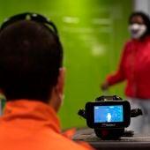 Uso cámara térmica en aeropuerto de Brasil
