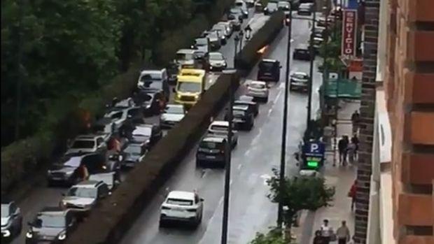 Maldito bulo: El vídeo de la ambulancia de Santander sí es de la manifestación de Vox