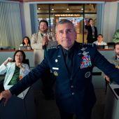 El actor Steve Carell, en una imagen promocional de la serie 'Space Force'