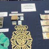 Imagen de los materiales aprehendidos por la Policía.