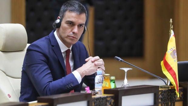 La España que madruga: Los periódicos desgranan en sus portadas las propuestas económicas del Gobierno